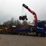 Lyft av traktor